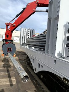 A image of the Borterra RodBot™ lifting a metal pipe